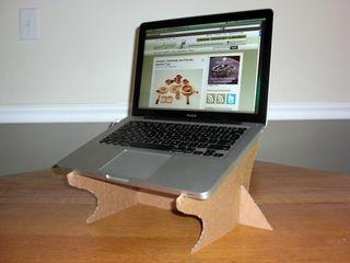 Diy-cardboard-stand