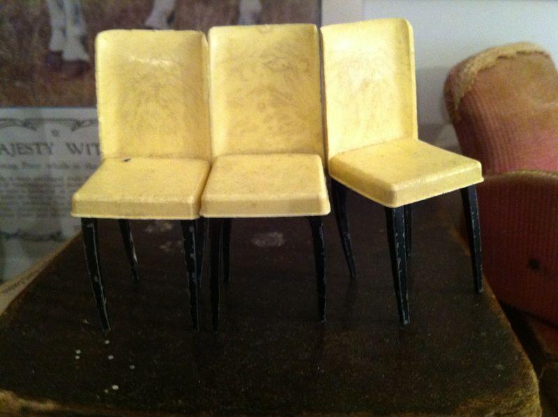 Mini_chairs_2